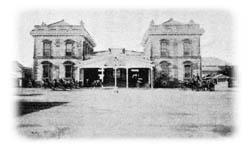 1872年(明治5年)、竣工の新橋駅